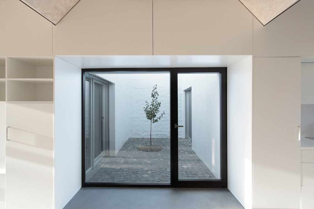 ahaa - House with Three Courtyards Galati Image