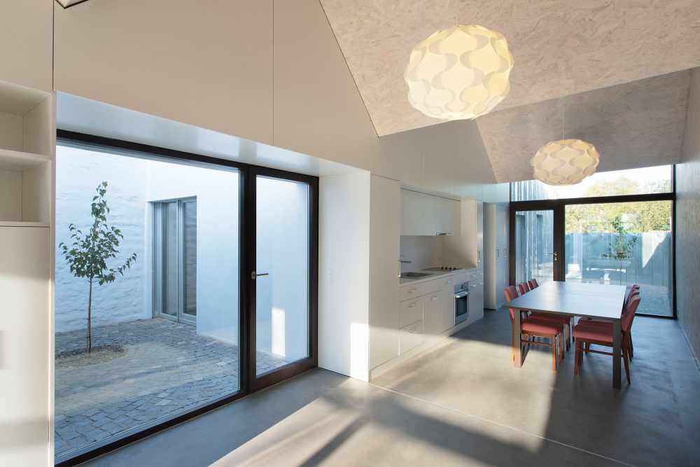 House-with-three-courtyards_Galati_5
